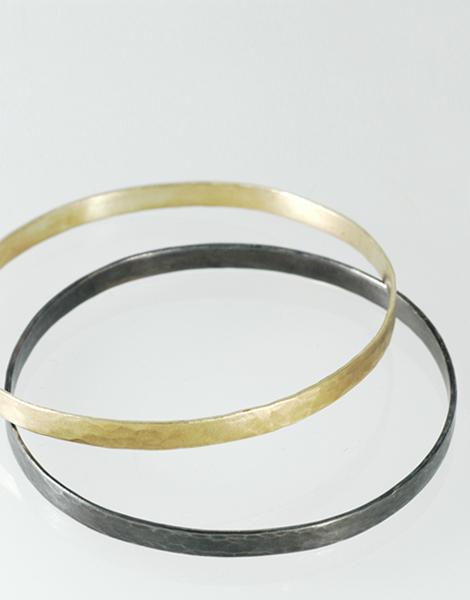 #888 ARMREIF GOLD & SILBER